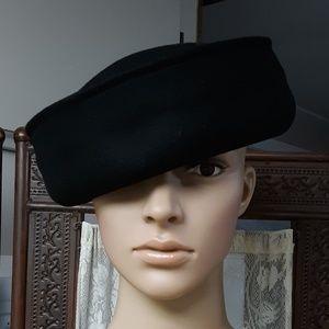 Black 100% Wool H&M Ladies Fall & Winter Hat